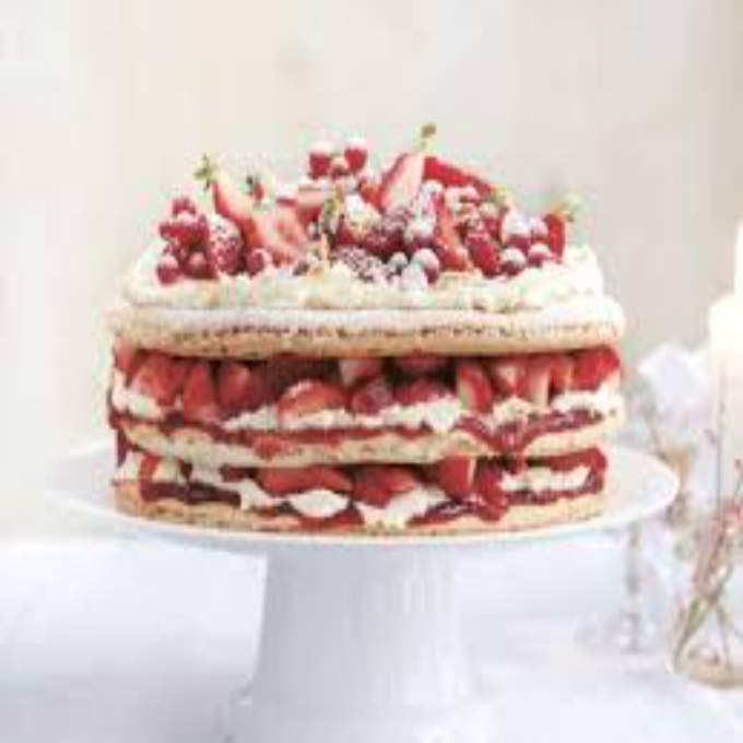 /Content/Products/ProductImages/10241/Strawberry-Cream-Macron-Cake1.jpg