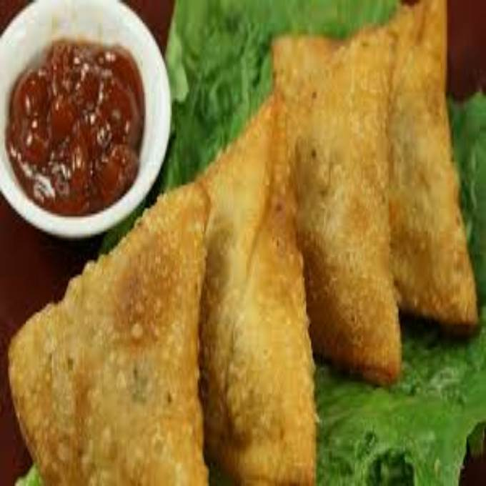 /Content/Products/ProductImages/10786/Chicken-Qeema-Samosa--6-Pcs1.jpg