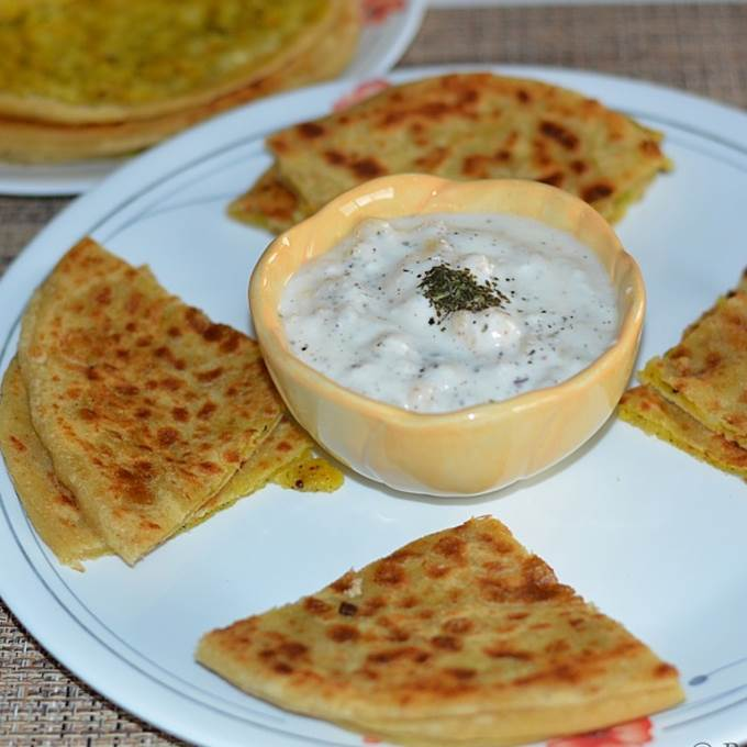 /Content/Products/ProductImages/2212/Aloo-Pratha-What-a-Paratha1.jpg