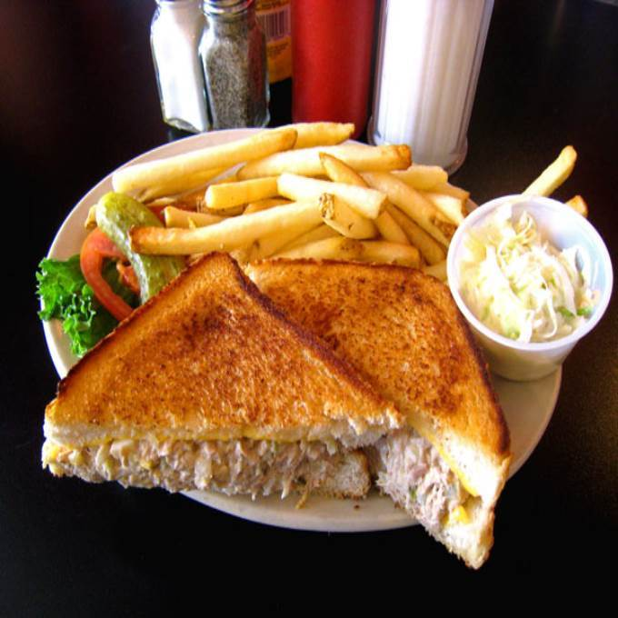 /Content/Products/ProductImages/7336/Grilled-Sandwich-and-Fries1.jpg