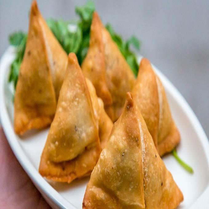 /Content/Products/ProductImages/8549/Aloo-Samosa--1-Dozen1.jpg