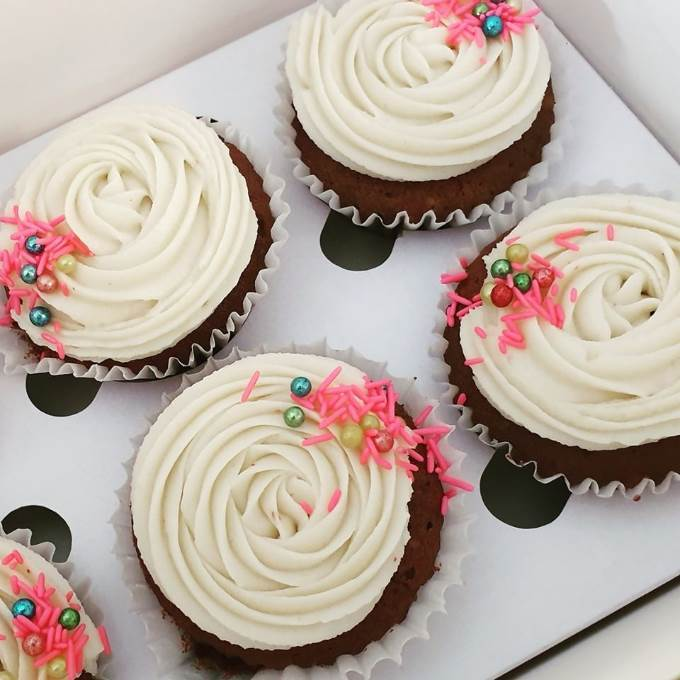 /Content/Products/ProductImages/8610/ButterCreeam-Cupcake-Each1.jpg